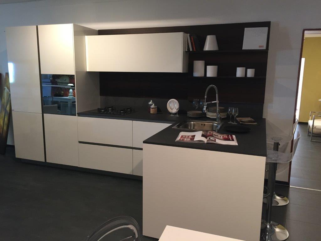 Cucina snaidero abaco by snaidero strip moderna laminato - Top cucina moderna ...