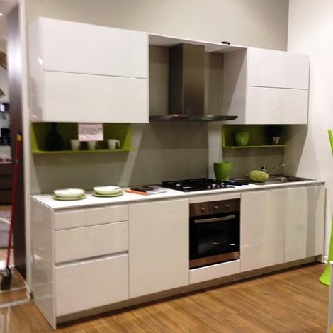 Cucina snaidero modello orange cucine a prezzi scontati for Outlet cucine lazio