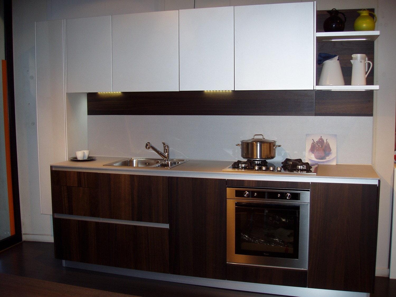 Montaggio pensili cucina : fissaggio pensili cucina. montaggio ...