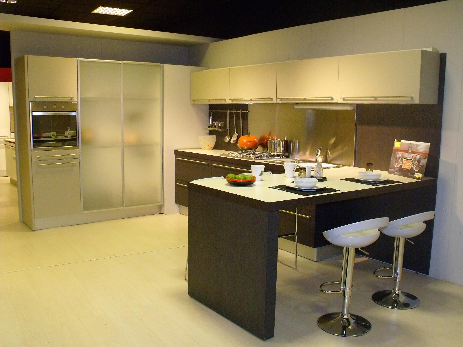 Cucina snaidero sistema zeta moderna legno cucine a - Cucina moderna immagini ...