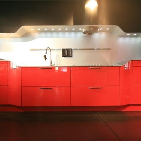 Cucina Snaidero Venus Moderna Laccato Lucido rossa - Cucine a ...