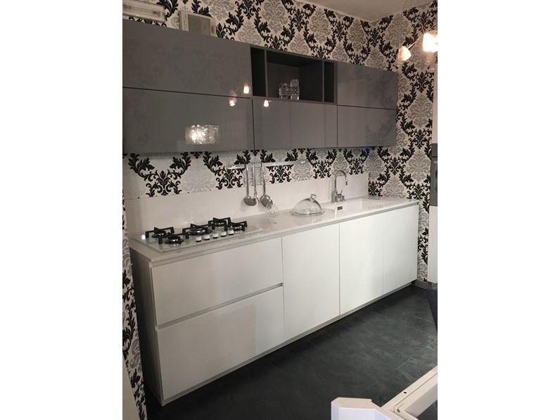 Cucina space lab moderna grigio lucido e bianca opaca lineare forma 2000 - Cucina bianca opaca ...