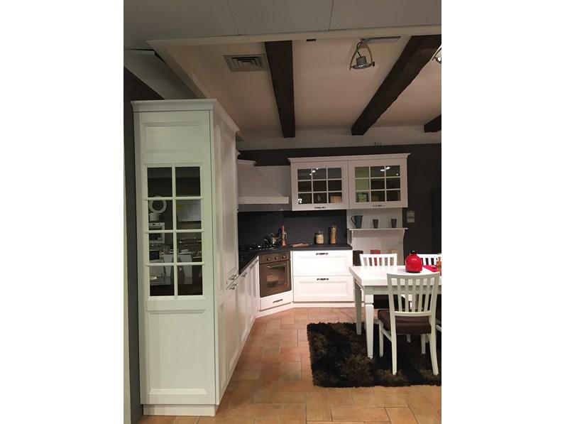 Cucina Stosa Beverly con tavolo e sedie