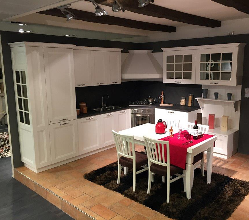 Cucina stosa beverly con tavolo e sedie cucine a prezzi for Tavolo cucina e sedie