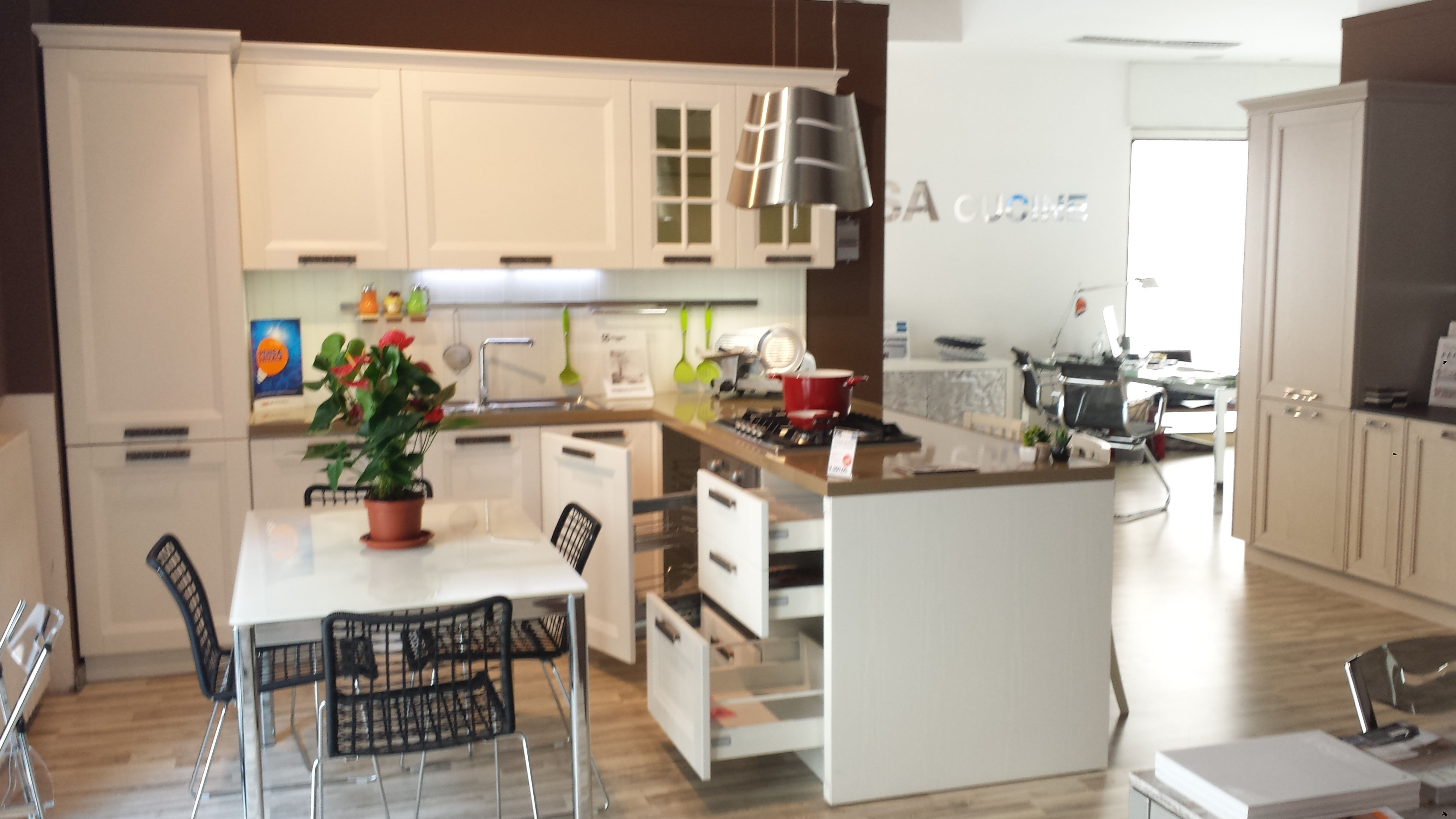 Cucina Color Ciliegio E Panna. Beautiful Love The Layout With Cucina ...