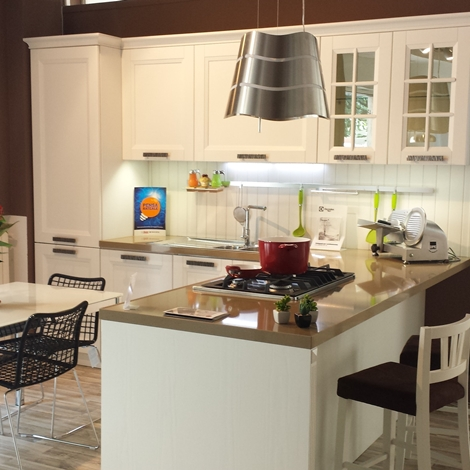 Cucina Stosa BEVERLY in offerta esposizione - Cucine a prezzi scontati