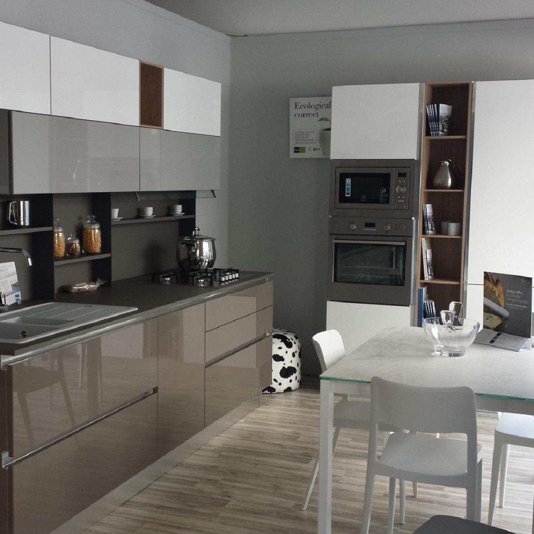 Cucina stosa cucine alev rinnovo esposizione cucine a for Stosa cucine verona