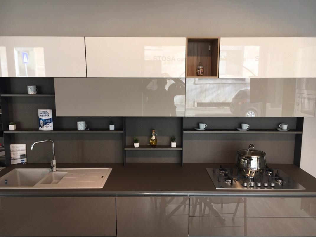 Cucina stosa cucine alev rinnovo esposizione cucine a for Cucine esposizione outlet