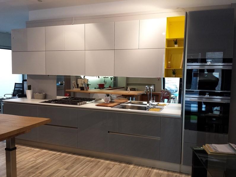 Cucina stosa cucine aliant rinnovo esposizione cucine a for Cucine esposizione outlet