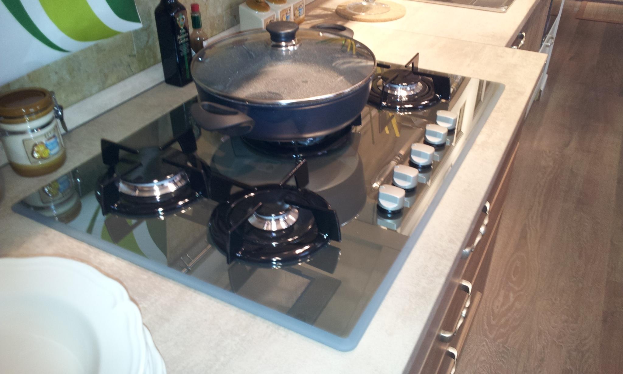 Stosa cucine modello bolgheri in rovere naturale cucine - Ariston cucine a gas ...
