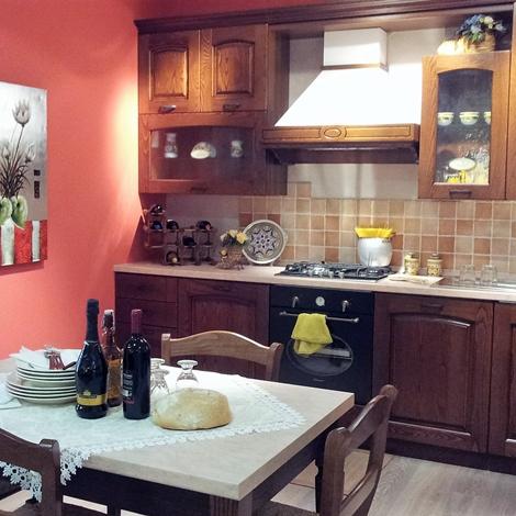 Cucina classica in noce stosa cucine focolare a prezzo scontato cucine a prezzi scontati - Stosa cucine prezzo ...