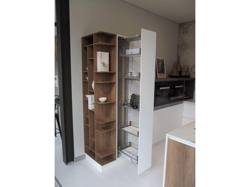 cucina stosa cucine infinity diagonal scontato del 50. Black Bedroom Furniture Sets. Home Design Ideas