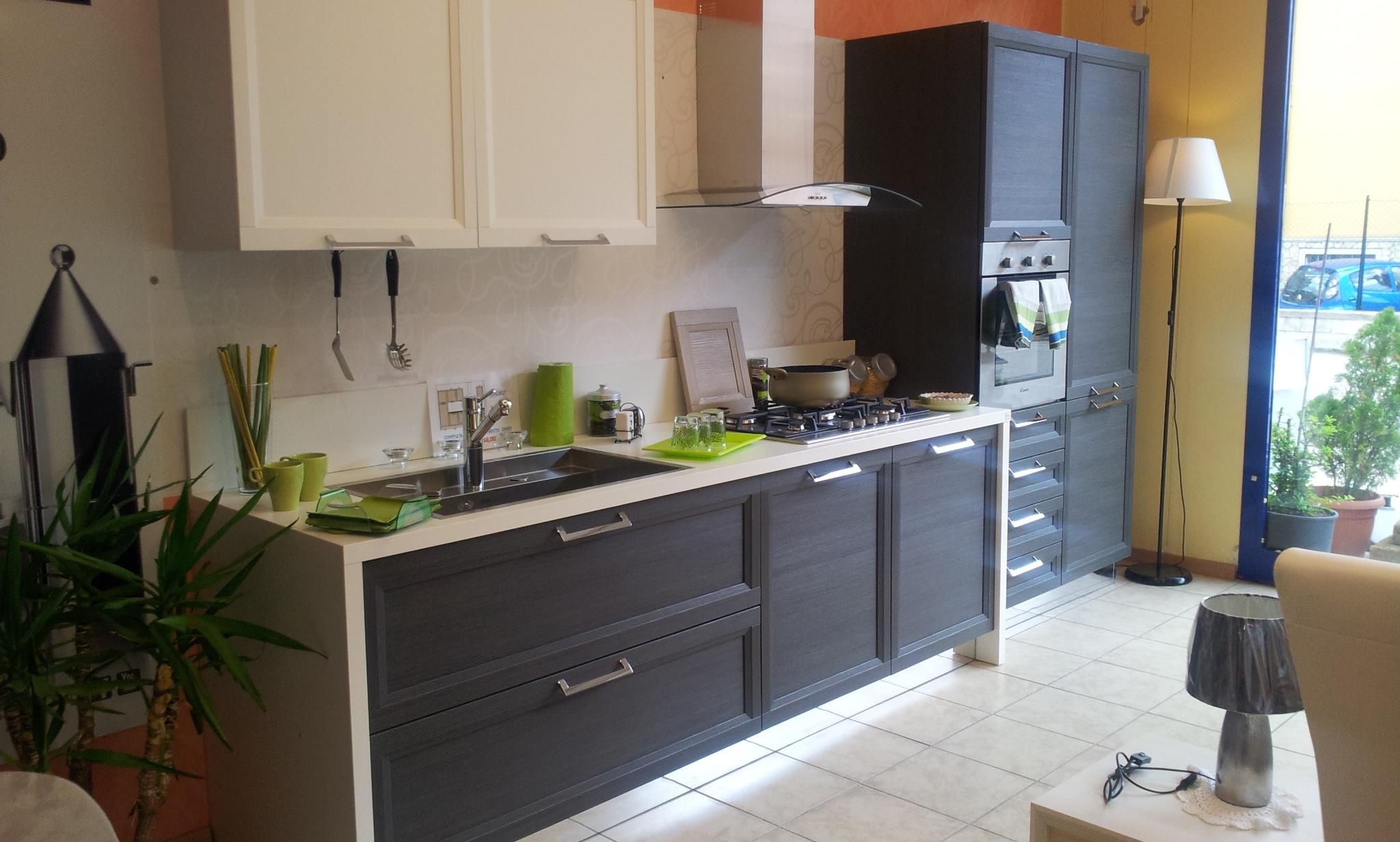 Cucina stosa cucine malib bianca e rovere grigio scontato - Cucine in rovere ...