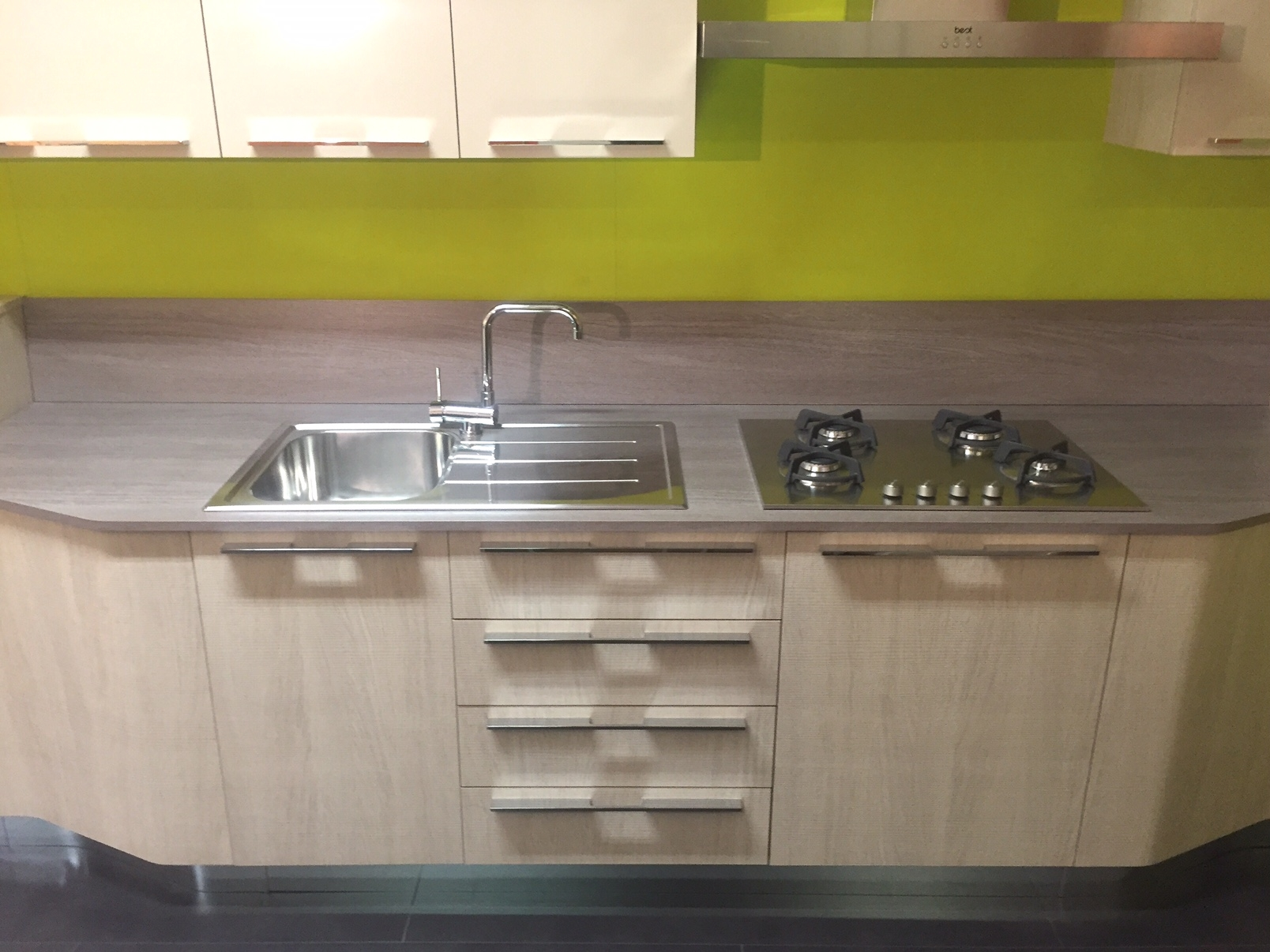 The Milly Kitchen from Stosa Cucine | paramountgolfforeste.info