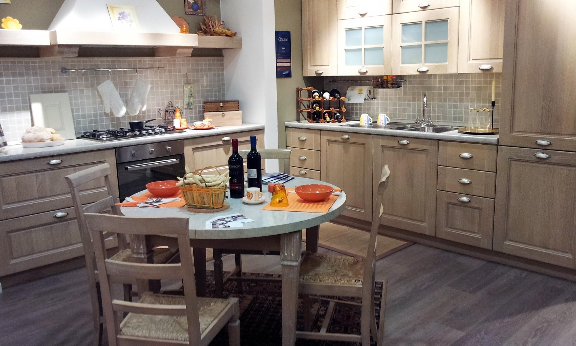 Cucina stosa cucine ontario rovere gessato scontato del for Stosa cucine prezzi