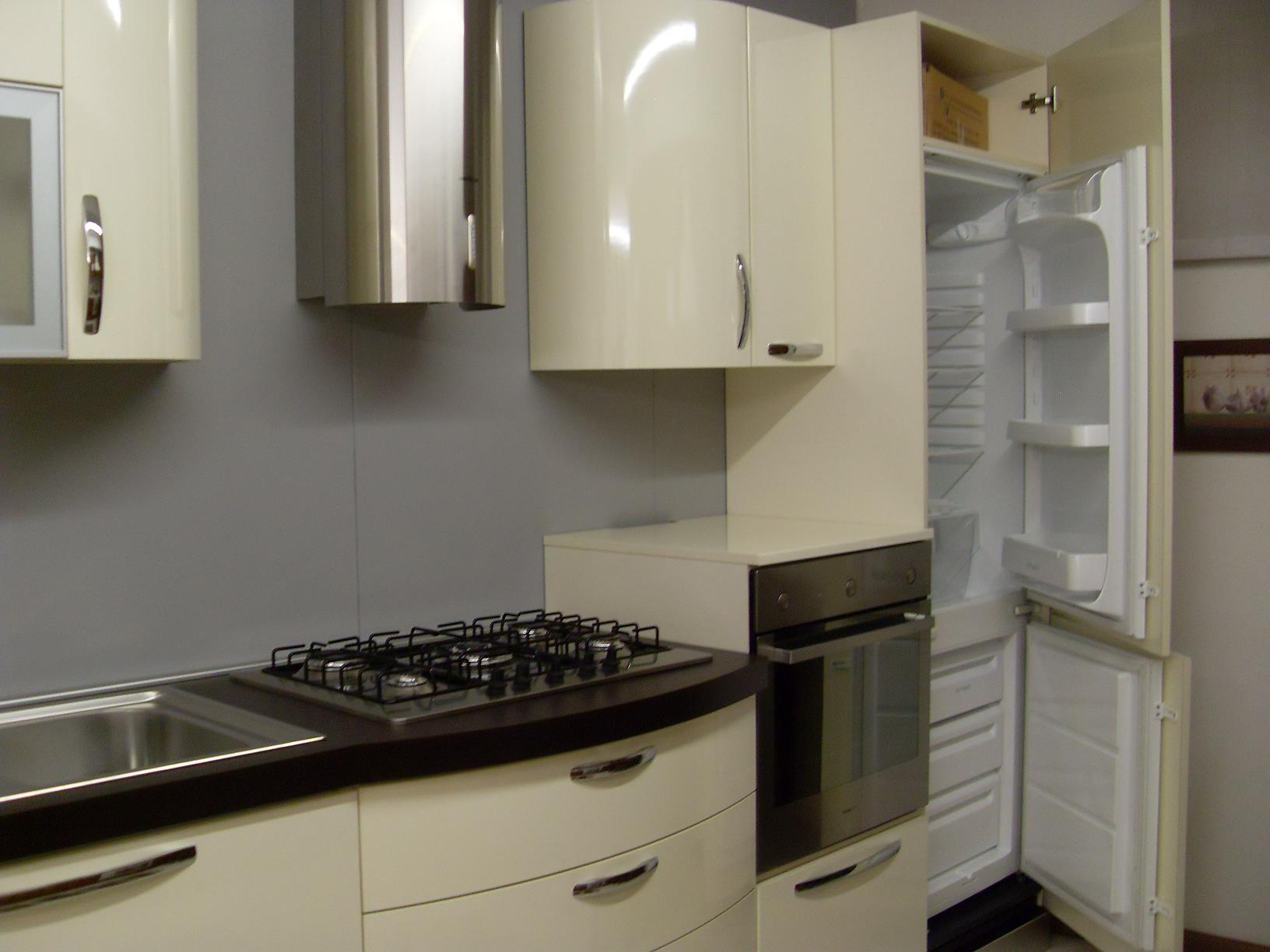 Cucina lineare di stosa cucine modello patty cucine a for Modelli di cucine