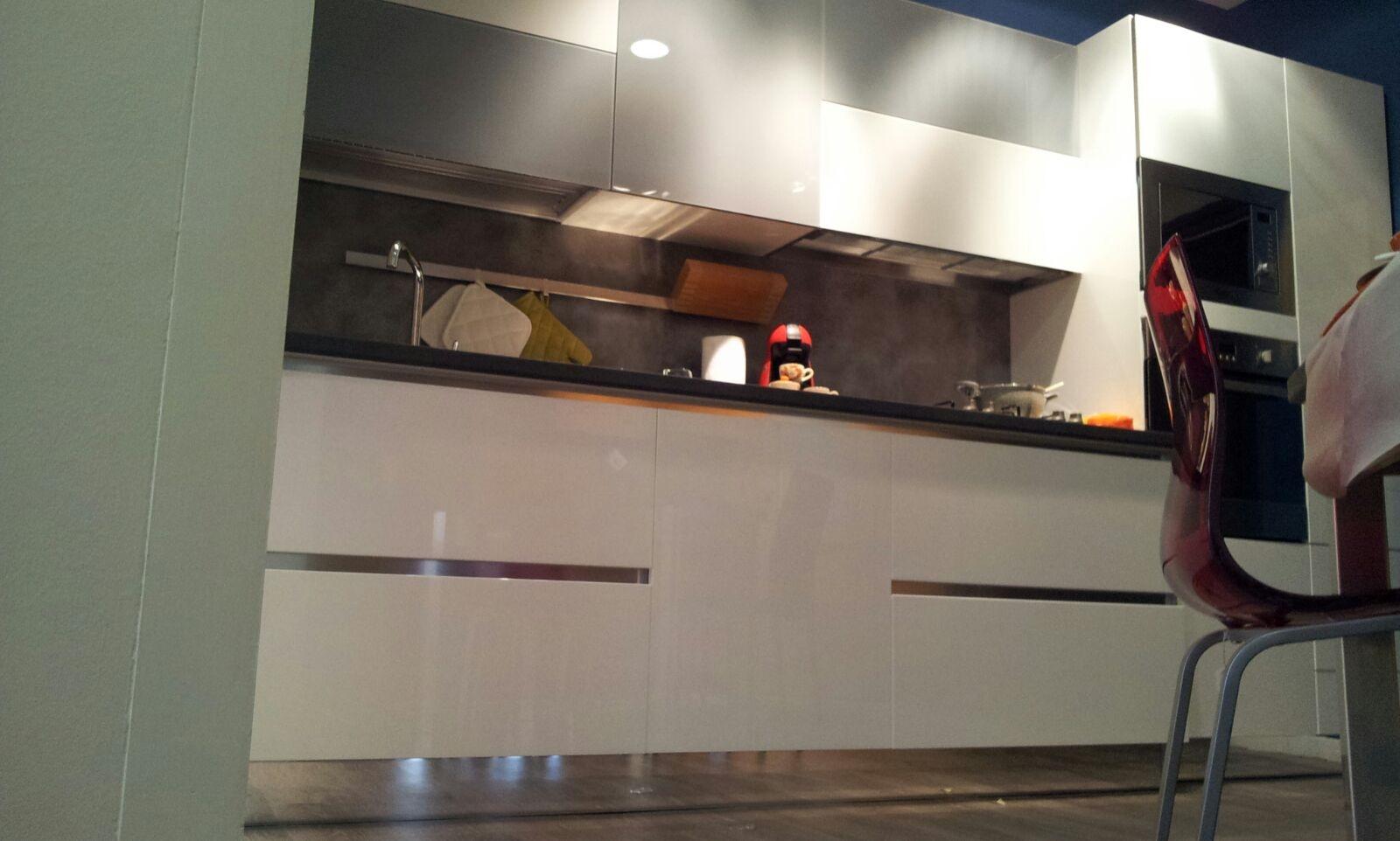 stosa cucine cucina aleve' aliant bianca e vetro scontato del -56 ... - Cucine Stosa Outlet