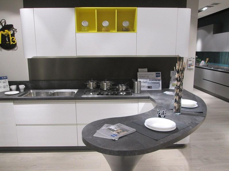 Cucina Stosa moderna con penisola altri colori in laminato ...