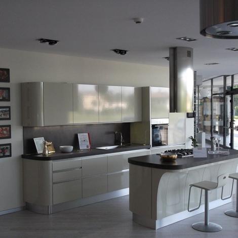 Cucina tess scavolini scontata cucine a prezzi scontati - Scavolini cucina bianca ...