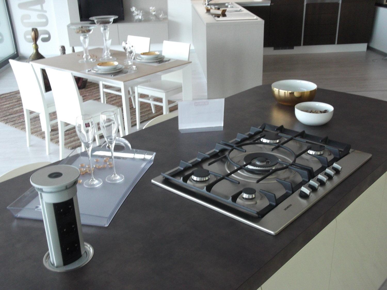 Cucina tess scavolini scontata cucine a prezzi scontati - Presa d aria cucina ...