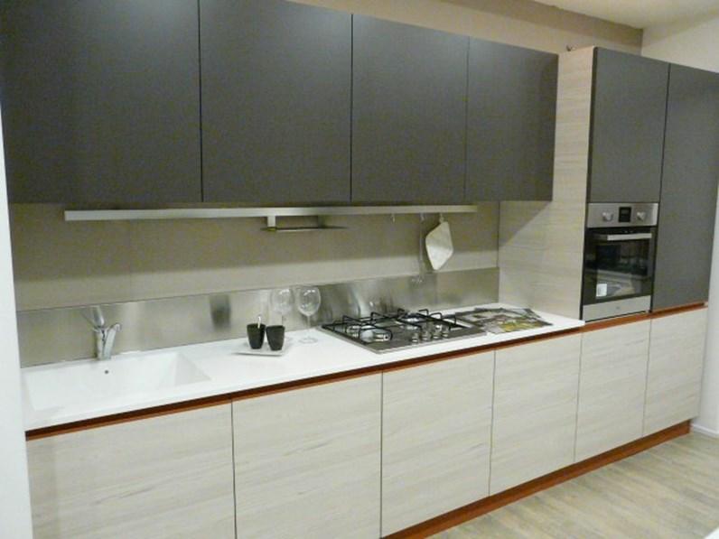 Cucina tortora moderna lineare navarra di ar tre scontata - Ar tre cucine prezzi ...