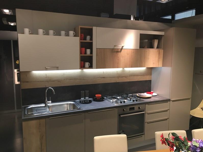 Cucina tortora moderna lineare strip snaidero for Cucina moderna 330