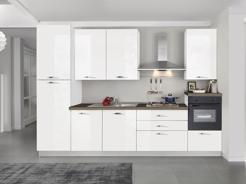 Cucina turri lineare moderna emma in offerta outlet bianco for Cucina moderna 330