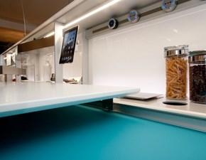 Cucina Valcucine design ad isola azzurra in vetro Cucina artematica vitrum di valcucine