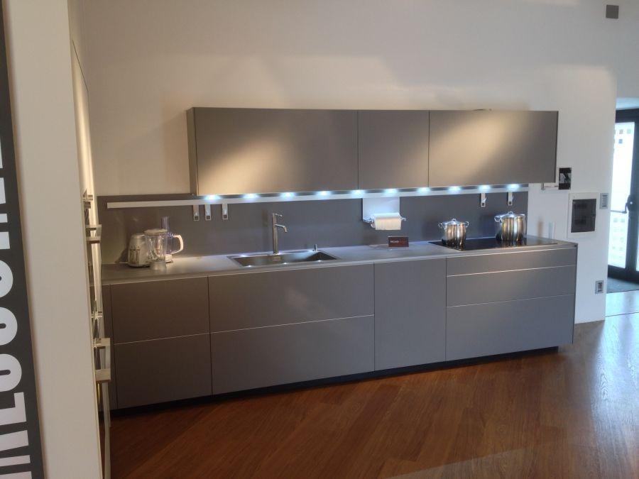 Cucina valcucine riciclantica laminato cera full color scontata cucine a prezzi scontati - Laminato in cucina ...