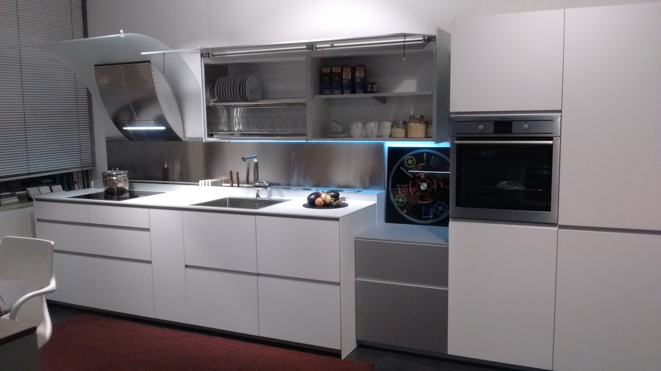 Cucina valcucine riciclantica uniline laminato opaco - Anta cucina laminato ...