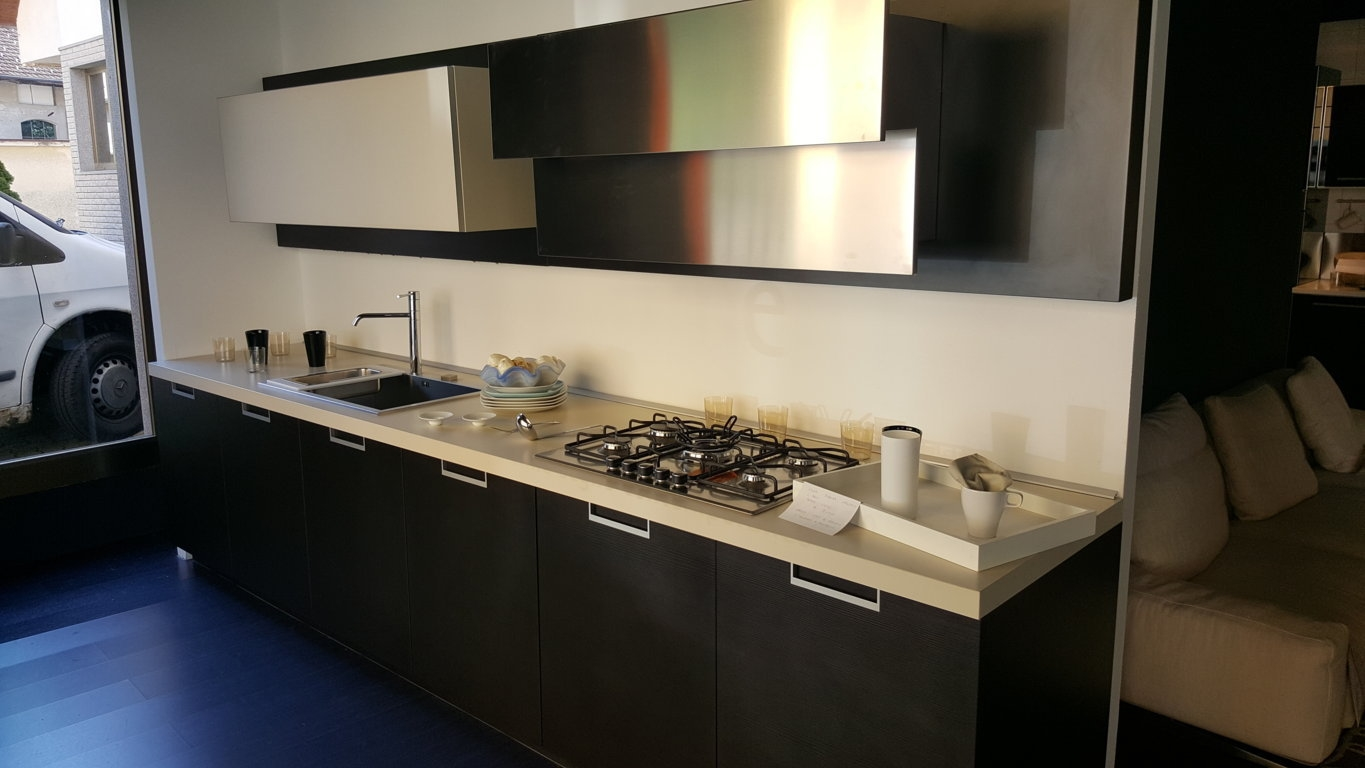 Gallery of cucina varenna my planet scontato del cucine a for Cassettiera design occasione