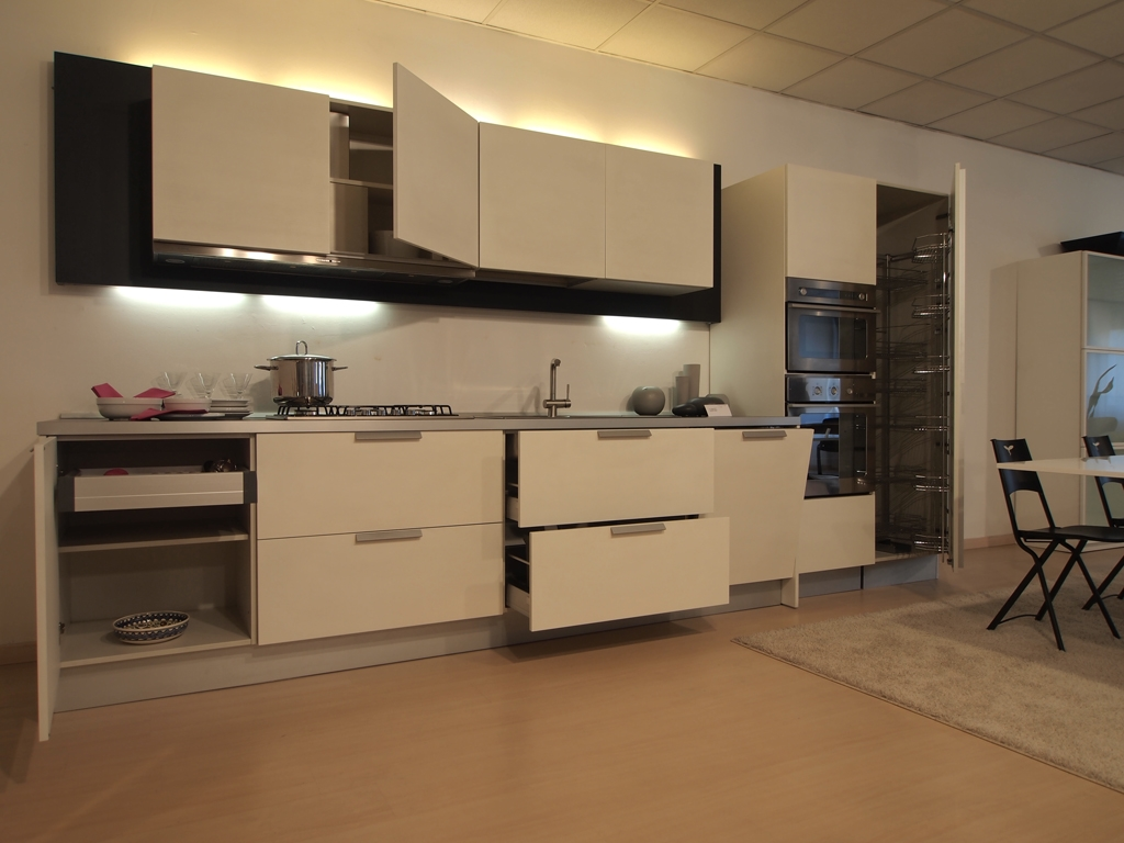 Beautiful cucine varenna outlet gallery harropus harropus with varenna cucine - Cucine varenna outlet ...