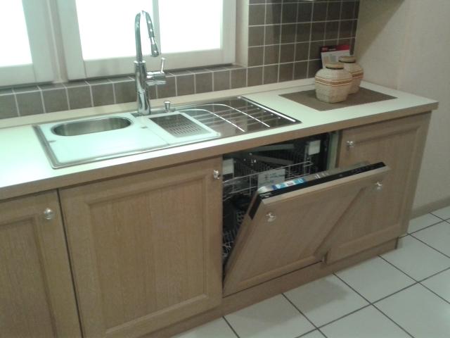 Cucina veneta cucine veneta cucine modello newport - Cucina legno chiaro ...