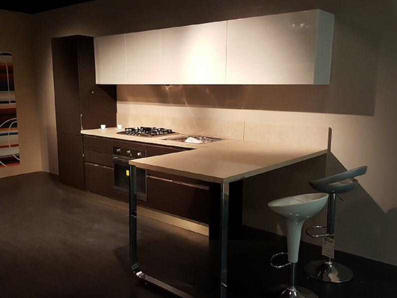 Cucina Veneta Cucine Carrera go in polimerico scontato del -60 ...