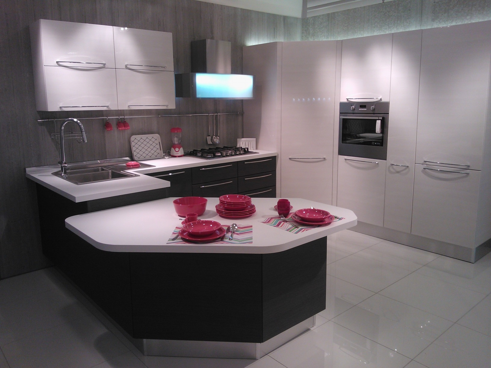 Stunning veneta cucine con isola contemporary home ideas - Costo cucina veneta cucine ...