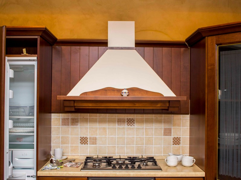 Veneta Cucine Mod Verdiana.Cucina Veneta Cucine Classica Ad Angolo Altri Colori In Legno Verdiana