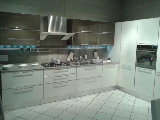 Veneta cucine cucina cucina diamante veneta cucine scontato del 52 cucine a prezzi scontati - Piano in quarzo veneta cucine ...