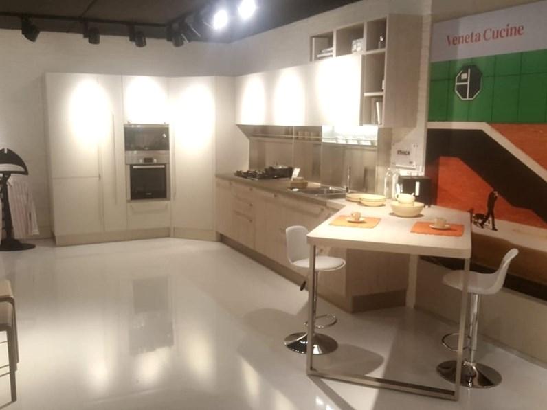 Cucina Veneta cucine design ad angolo altri colori in laminato ...