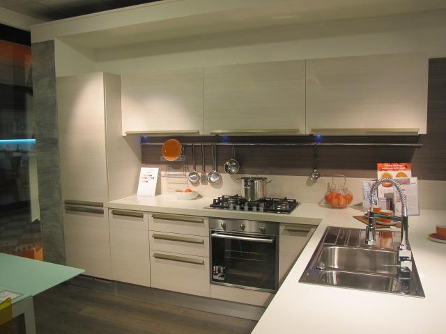 Veneta Cucine Cucina Ethica sottocosto scontato del -65 % - Cucine ...