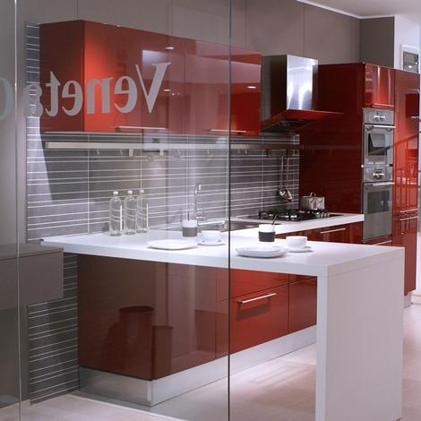 outlet Cucina Veneta Cucine Extra con maniglia laccato lucido rosso amaranto Moderno Laccato Lucido Rossa
