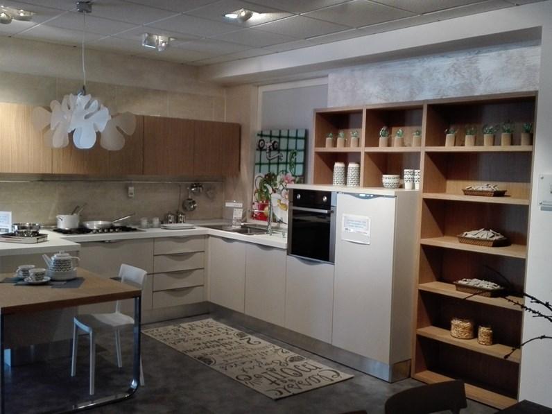 Veneta Cucine Modello Extra.Cucina Veneta Cucine Extra Prezzo Outlet