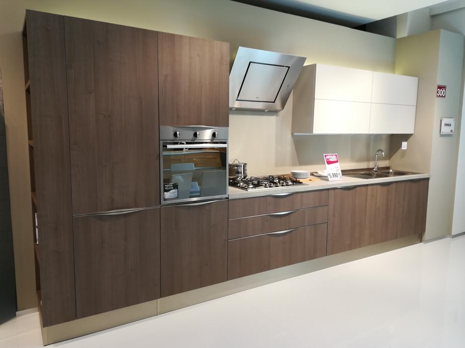 Cucina veneta cucine modello ethica scontata del 49 - Veneta cucina prezzi ...