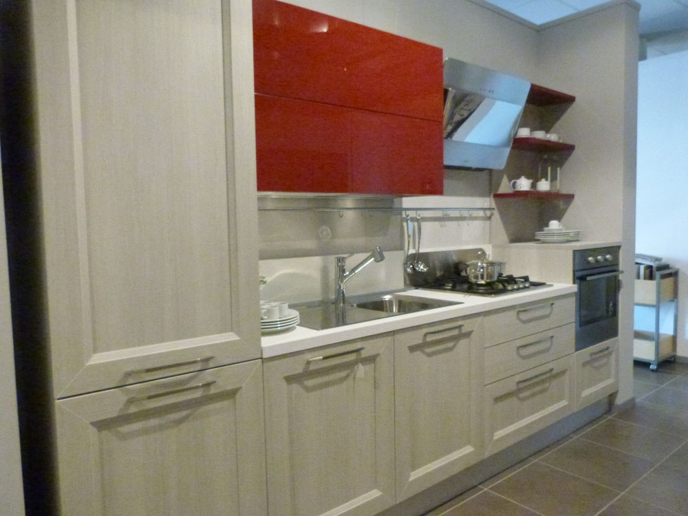Veneta cucine moderna in laminato rovere link e laccato - Laminato in cucina ...