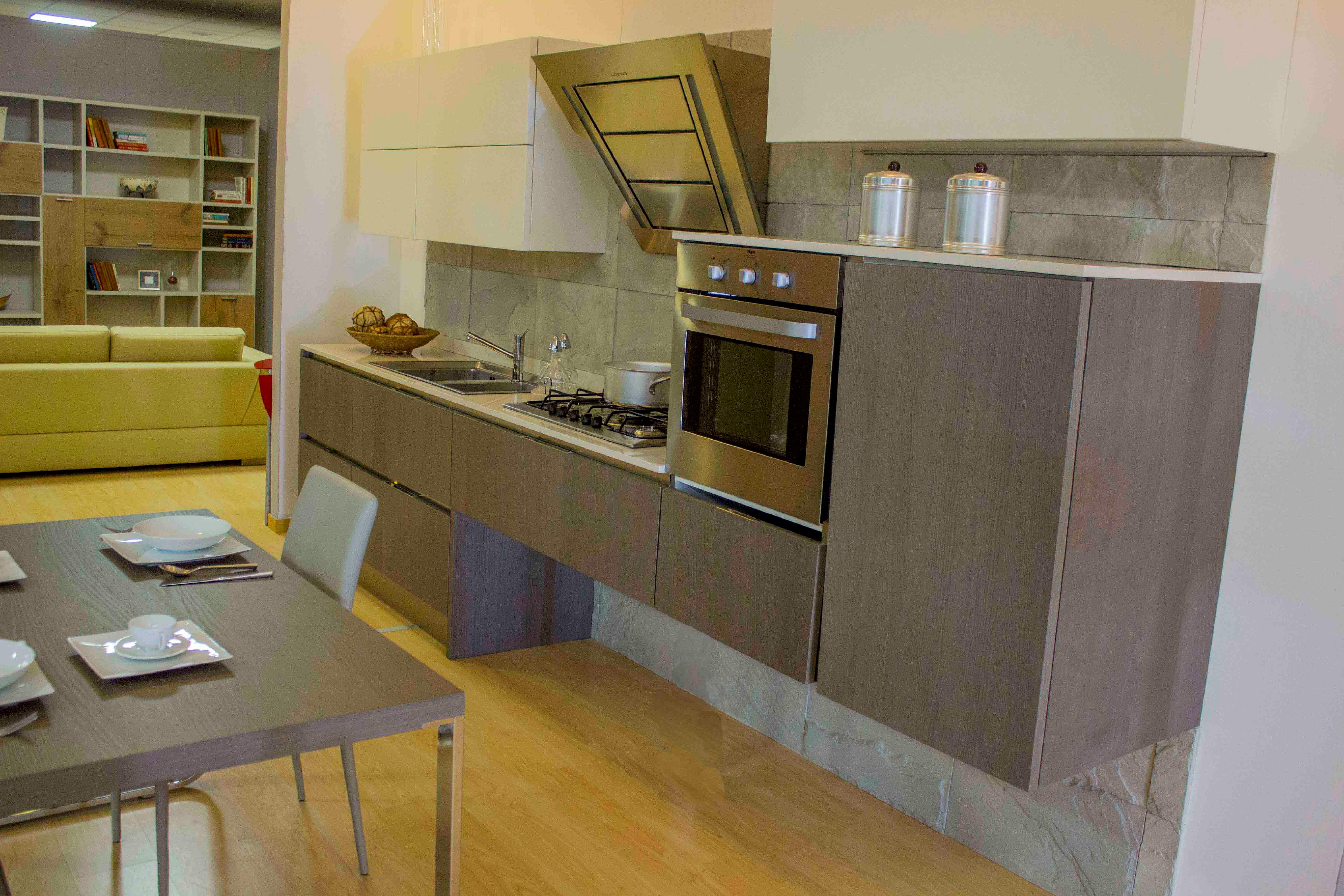 Cucina veneta cucine tulipano scontato del 56 cucine a prezzi scontati - Cucina veneta cucine ...