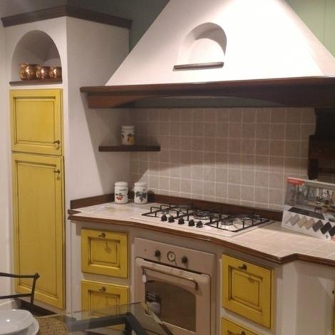 Offerta sconto 57 cucina vittorina in massello e finta - Cucine in finta muratura in offerta ...