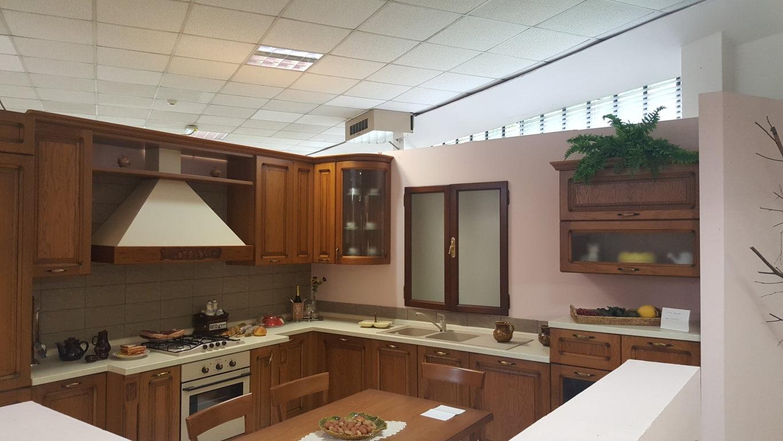 Cucina Angolare Delce Vita Castagno #A1692A 1365 768 Panca Ad Angolo Per Cucina Ikea