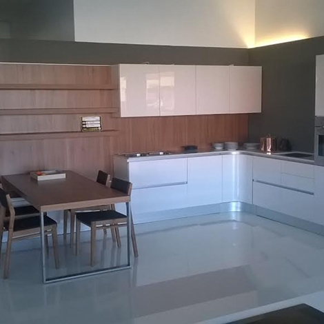 Cucina zanotto laccata bianca lucida e legno moderno for Cucina moderna bianca lucida