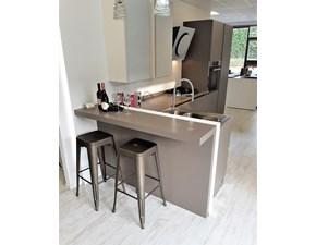 Cucina Zecchinon design con penisola grigio in legno System k