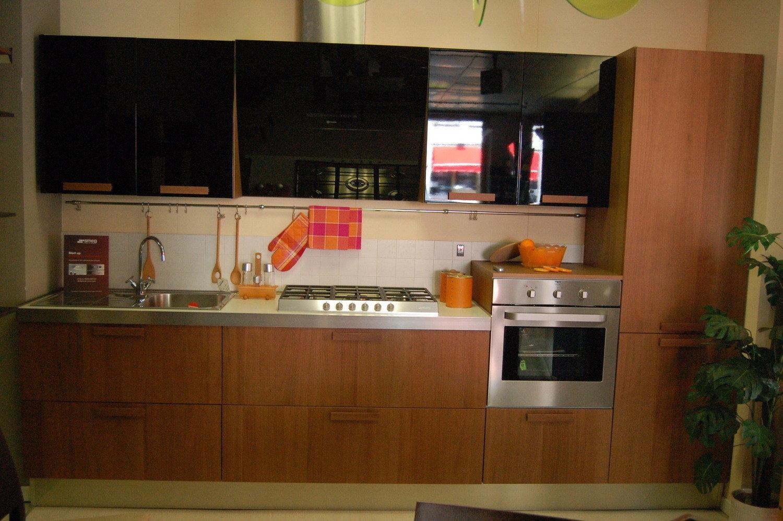 Cucina zecchinon in offerta 5493 cucine a prezzi scontati for Eva arredamenti camerette