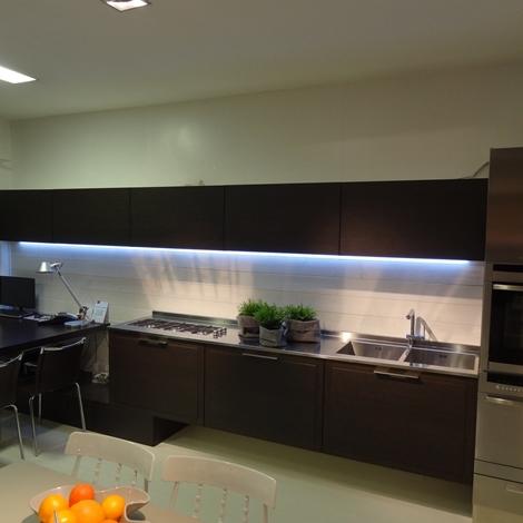Casa moderna roma italy zecchinon cucine prezzi for Cucine lago opinioni